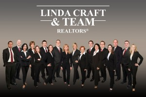 professional group photo of Linda Craft & Team, Realtors