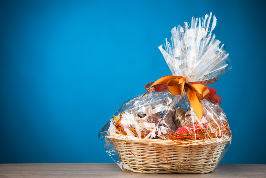 basket of free gifts