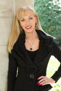 professional photo of Linda Craft, CEO