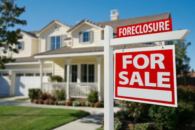 sign for foreclosures in 2020